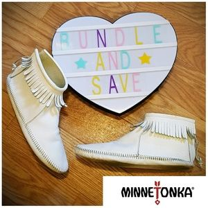 Fringe Leather BOHO Minnetonka Moccasion Booties